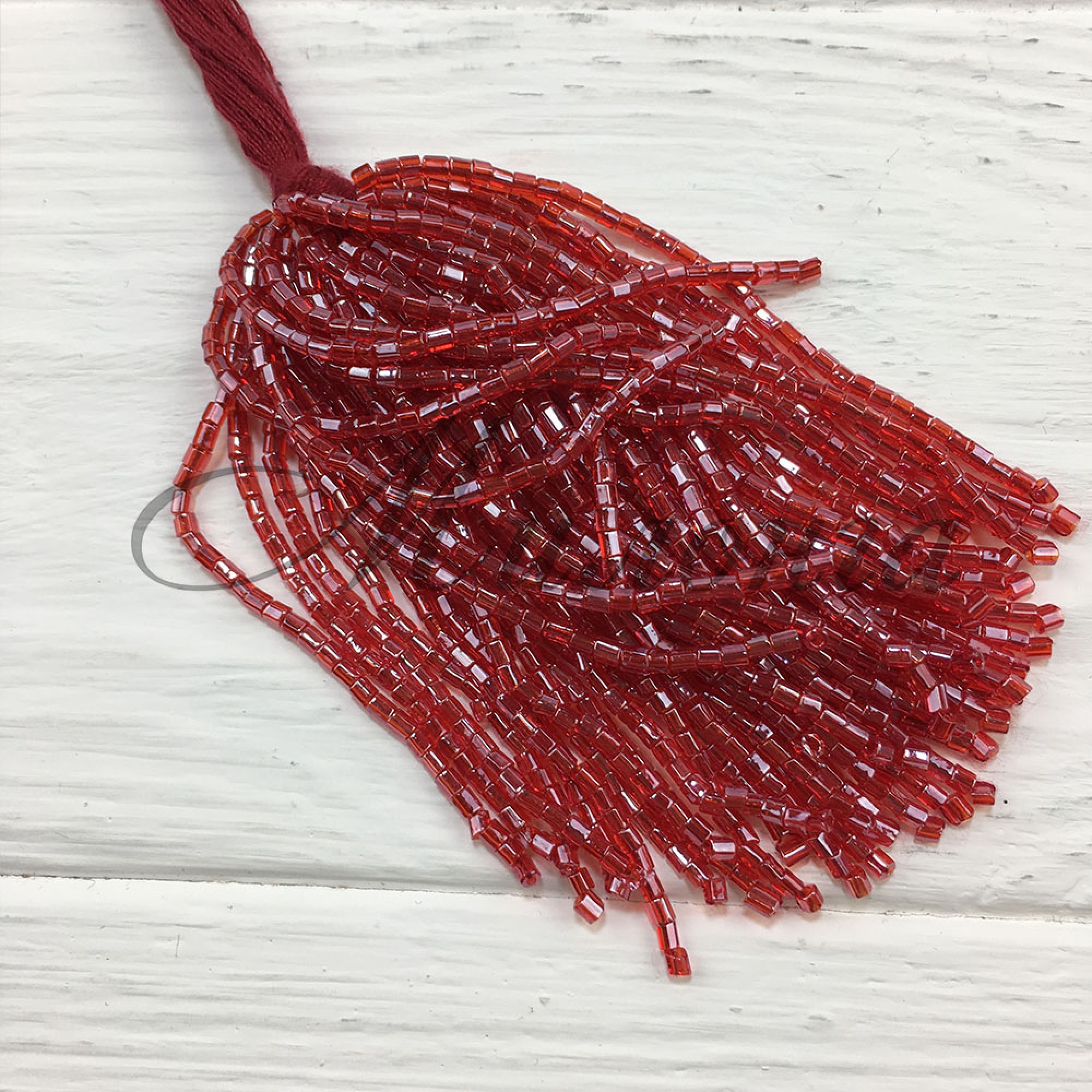 Стеклярус Chrisanne пучок (50 ниток) Red